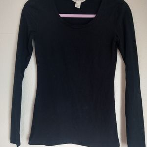 Black fitted long sleeve pure cotton tee shirt
